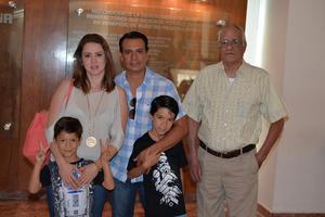 09072017 EN EL TEATRO.  Familia García Ibarra.