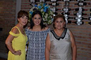 07072017 FIESTA DE REGALOS PARA BEBé.  Gabriela, Marcela y Oralia.