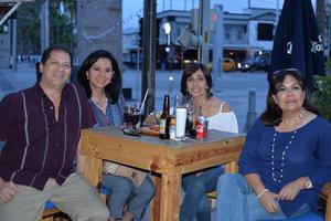 11072017 Gerardo, Yolanda, Marie y Rocío.