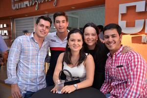 08072017 EN INAUGURACIóN.  Alberto, Toño, Marijose, Ana Lucía y Joserra.