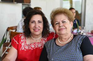 12072017 Paty y Elva.