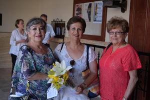 12072017 EN UNA PRESENTACIóN DE BAILE.  Caro, Saraelia e Irene.