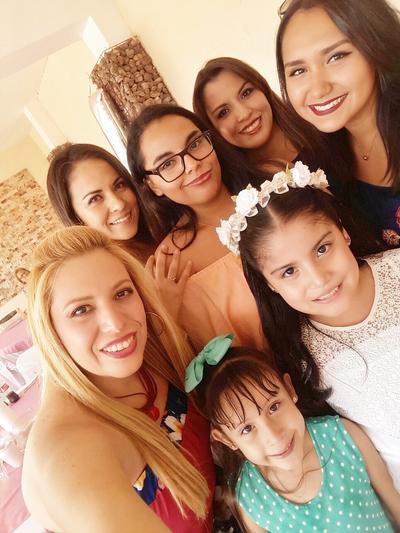 13072017 Liz, Fernanda, Cristy, Sofy, Lucy, Ivanna y Lia.