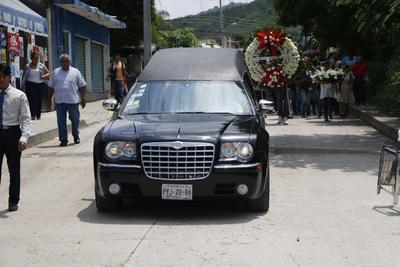 Un cortejo fúnebre marcó su despedida.