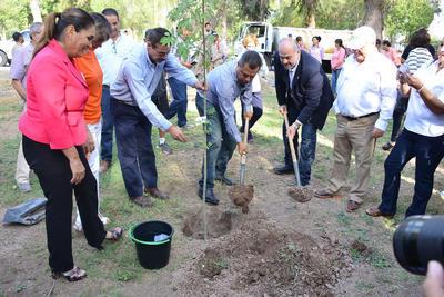El alcalde Jorge Luis Morán Delgado expresó que en esta administración municipal se han plantado 39 mil 500 árboles.