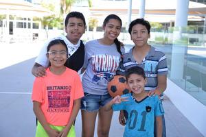 15072017 José, Melanie, Roberto, Michelle y Daniel.