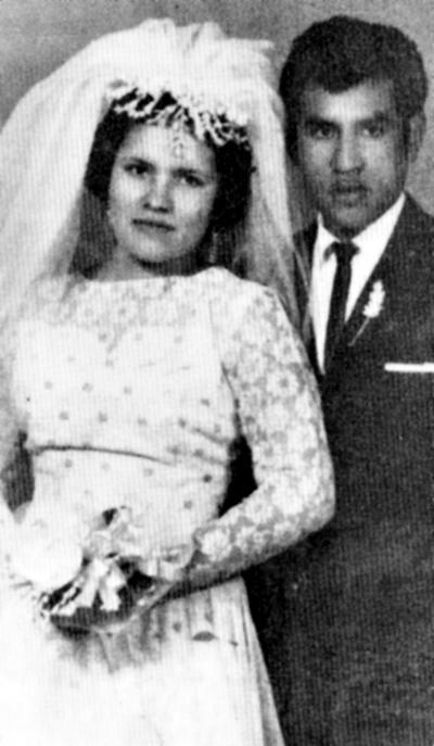 16072017 Gloria Puentes y Dolores Olguín, el día de su boda el 29 de julio de 1967.
