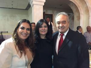 17072017 FESTEJAN EL DíA DEL ABOGADO.  Flor, Olga y Manlio.