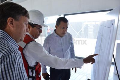 Morán Delgado estuvo acompañado por el director de Obras Públicas, Gerardo Berlanga.