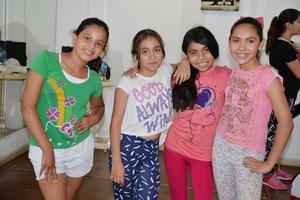 18072017 Bárbara, Fernanda, Andrea y Mía.
