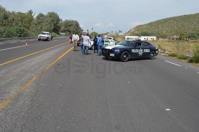 El área fue cerrada a la circulación, por parte de los elementos de Tránsito y Vialidad, y la Policía Federal.