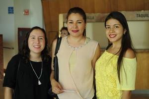 20072017 Valeria, Laura y Adriana.