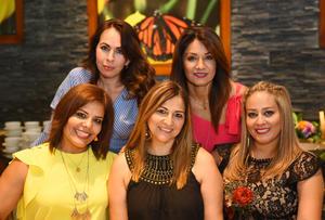 Aracely, Bety, Martha, Enna y Claudia