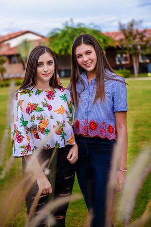 Sofía y Regina 12