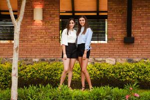 Sofía y Regina 2
