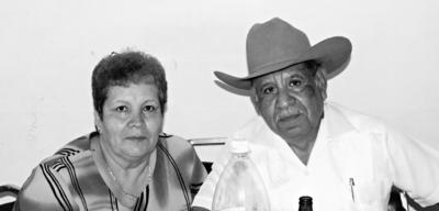 23072017 Gloria Puentes y J. Dolores Olguin se casaron el 29 de julio de 1967. Actualmente, celebran 50 años de casados.