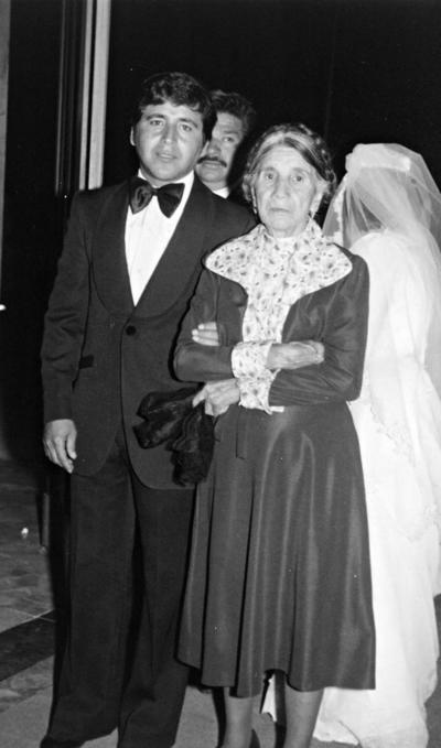 23072017 Pedro Rivera y su mamá, Esperanza Mancha, hace 40 años.