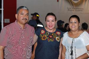 25072017 Raúl, Julieta y Carmen.