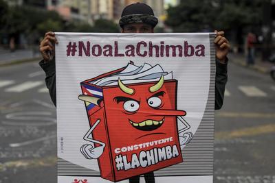 Protestan contra la Asamblea Constituyente pretendida por Maduro.