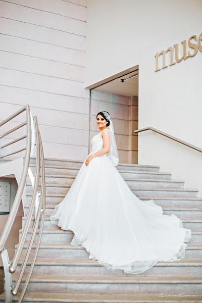 30072017 Fabiola Gutiérrez y Carlos Aguilera fueron declarados marido y mujer en el altar de la Parroquia de Nuestra Señora Guadalupe Reina de América el 22 de julio. - Laura Luna Fotografía