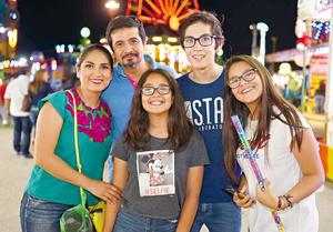 31072017 Ana, David, Hannia, Emiliano y Sofi.