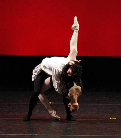 La curaduría del Bailarín Principal del English National Ballet no sólo buscó presentar obras que permitieran el lucimiento acrobático y atlético de los intérpretes, también aspiró a la belleza, a la expresión artística y al entretenimiento.