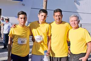 01082017 EN CARRERA.  Jules, Javier, Alejandro y Alberto.