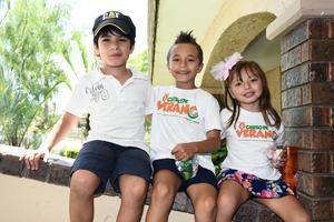01082017 Ángel, Mauricio y Valeria.