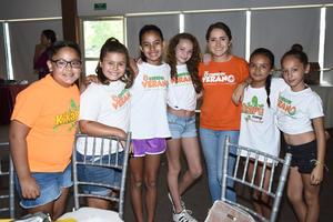 01082017 Amari, Mackenzie, Camila, Andrea, Brenda y Kamila.