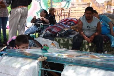 Hay 42 personas que prácticamente viven en el albergue, al no tener otro lugar a donde ir, entre los que se encuentran personas de la tercera edad, con discapacidad, enfermos crónicos y hasta un niño.