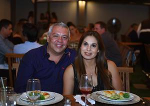 02082017 EN PAREJA.  Juan Carlos y Laura.