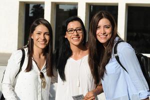 04082017 Elisa, Irene y Paola.