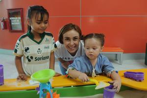 04082017 Renata, Alejandra y Elisa.