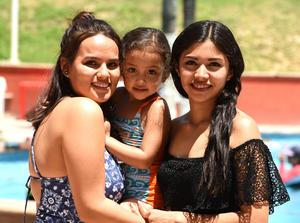04082017 Gabriela, Carolina y Natalia.