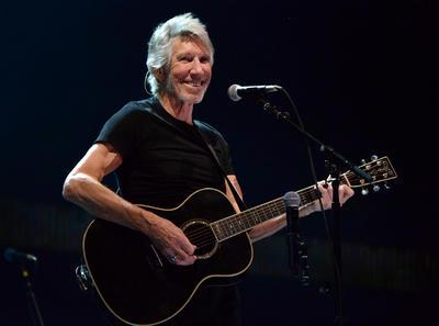 9. Roger Waters: 1.706.432 dólares; 125,80 dólares.
