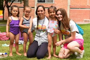 Gisela, Elizabeth, Anais, Cecy y Valeria