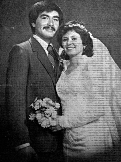 06082017 Enrique Juárez Raigoza y Minerva Urrutia Pérez este 8 de agosto estarán celebrando su 30 aniversario matrimonial.