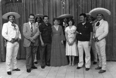 06082017 El 14 de septiembre, Día del Locutor, programa de televisión en Canal 2, con los locutores Gustavo Torres Vázquez y Baldo López Delgado, hace algunas décadas.