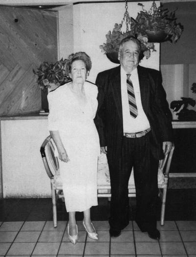 06082017 Sr. Francisco Franco y esposa (f) en su aniversario de 50 años de matrimonio.