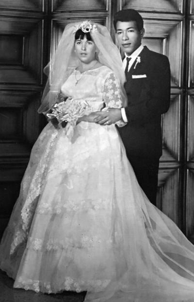 06082017 Carmen Virgil Morán y Juan García Guardiola el día de su boda el 18 de agosto de 1967. En días próximos, cumplen sus Bodas de oro.