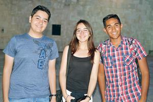 06082017 Adrián, Karime y Román.