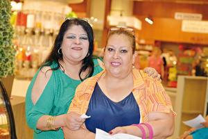 07082017 EN CLASE DE COCINA.  Lupita y Georgina.