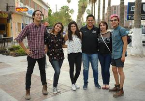 06082017 ENTRE AMIGOS.  Alfredo, Anilú, Gaby, Miguel, Citlali y León.