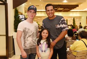 06082017 César, Camila y Omar.