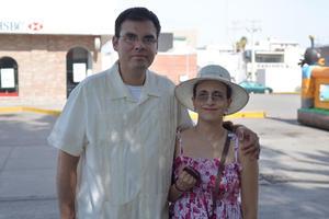 06082017 EN PAREJA.  Cristian y Nancy.