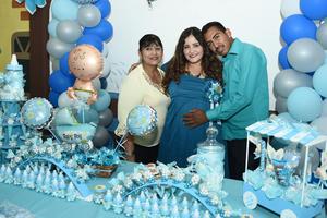 08082017 BABY SHOWER.  Ana Mayela Acevedo con Ana Bella Vielma y Luis Alberto Delgado.
