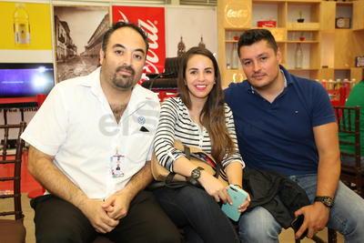 Augusto Castro, Verónica Luna y Manuel Carrillo.