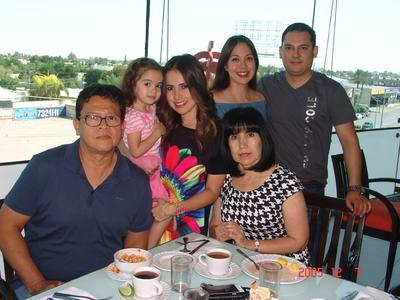 10082017 Gerardo, Ximena, Marcel, Mariana, Javier e Isabel.