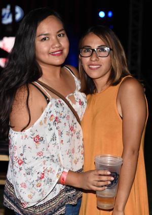 10082017 Alina y Mayra.