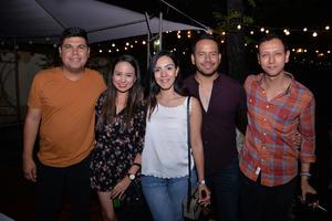 10082017 Fernando, Claudia, Adriana, Carlos y Misael.